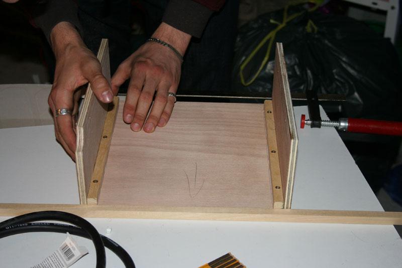 dossiers arcade fabriquer un supergun artisanal with comment fabriquer un caisson. Black Bedroom Furniture Sets. Home Design Ideas
